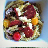 Salade terre-mer: pennes, chorizo, thon, courgettes et maïs - La cuisine de Fanie