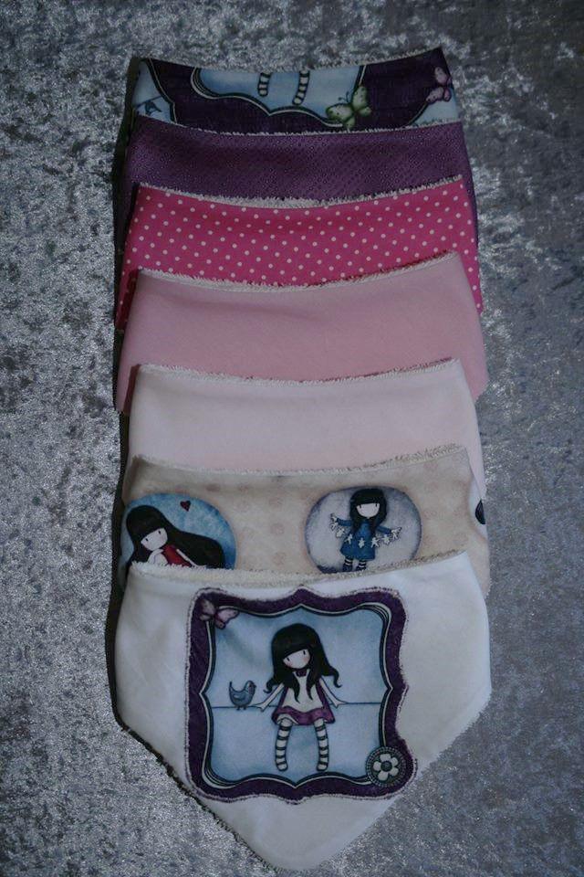 Un set de bavoirs bandana pour une jolie princesse