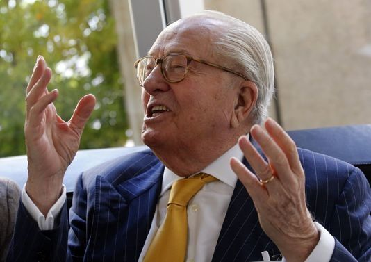 Jean-Marie Le Pen : Africains et Européens n'ont pas le même « âge mental et biologique »