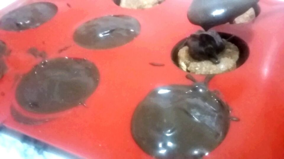 Chocolat fourré .......bonbons sans cuisson. .....شوكولا محشية......حلوى بدون فرن
