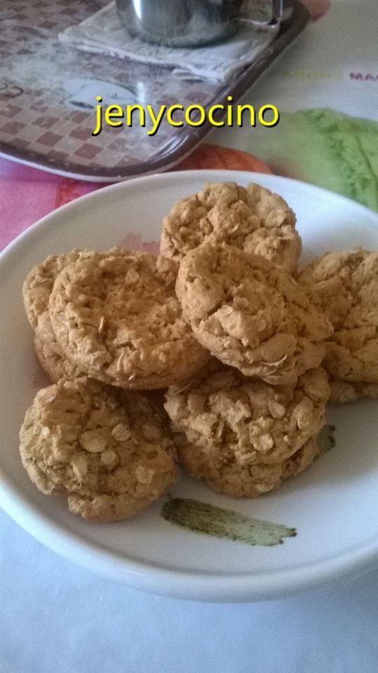 Cookies au flocons d'avoine et beurre de cacahuètes