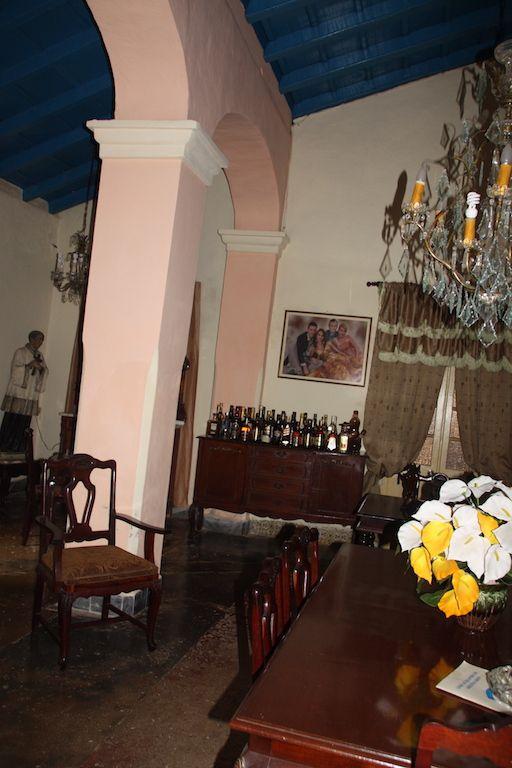 Notre chambre..Sur le trajet. Remedios et Cayo Santa Maria. Un aperçu de notre repas à la casa