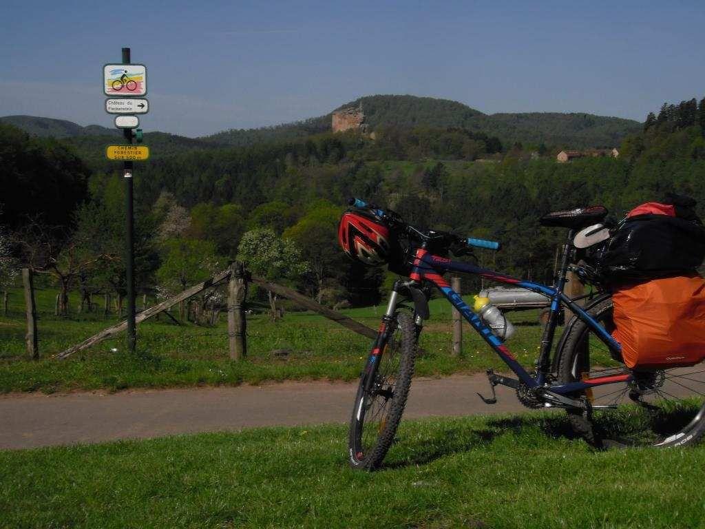 Le périple solitaire d'un jeune retraité à travers les Vosges.