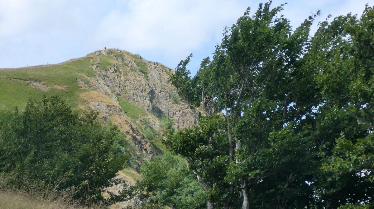 Vue d'ensemble des falaises du Rothenbachkopf.
