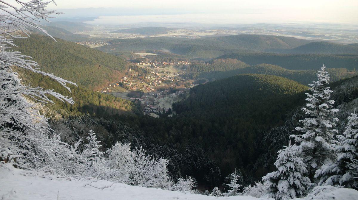 La neige au Schneeberg, le beau temps à Wangenbourg et la plaine dans la grisaille...