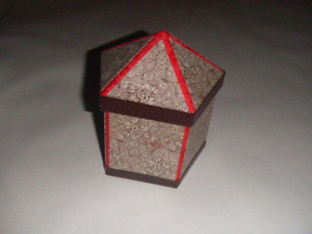 Boîte pour bonbons où autre chose