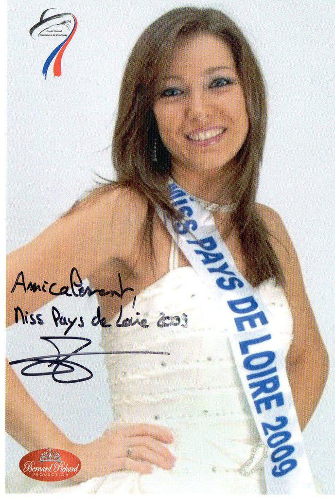 Miss pays de loire 2009 Comité National Geneviève de Fontenay