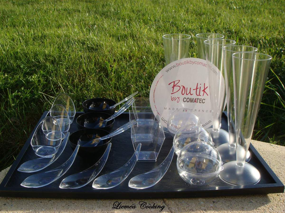 Mini Lova 2cl, Senso Cristal, Sphérik noir 6cl, Combi S cristal, Kova cristal 6 cl, Conik 11 cl + pieds, Perla 5 cl, plateau Textura