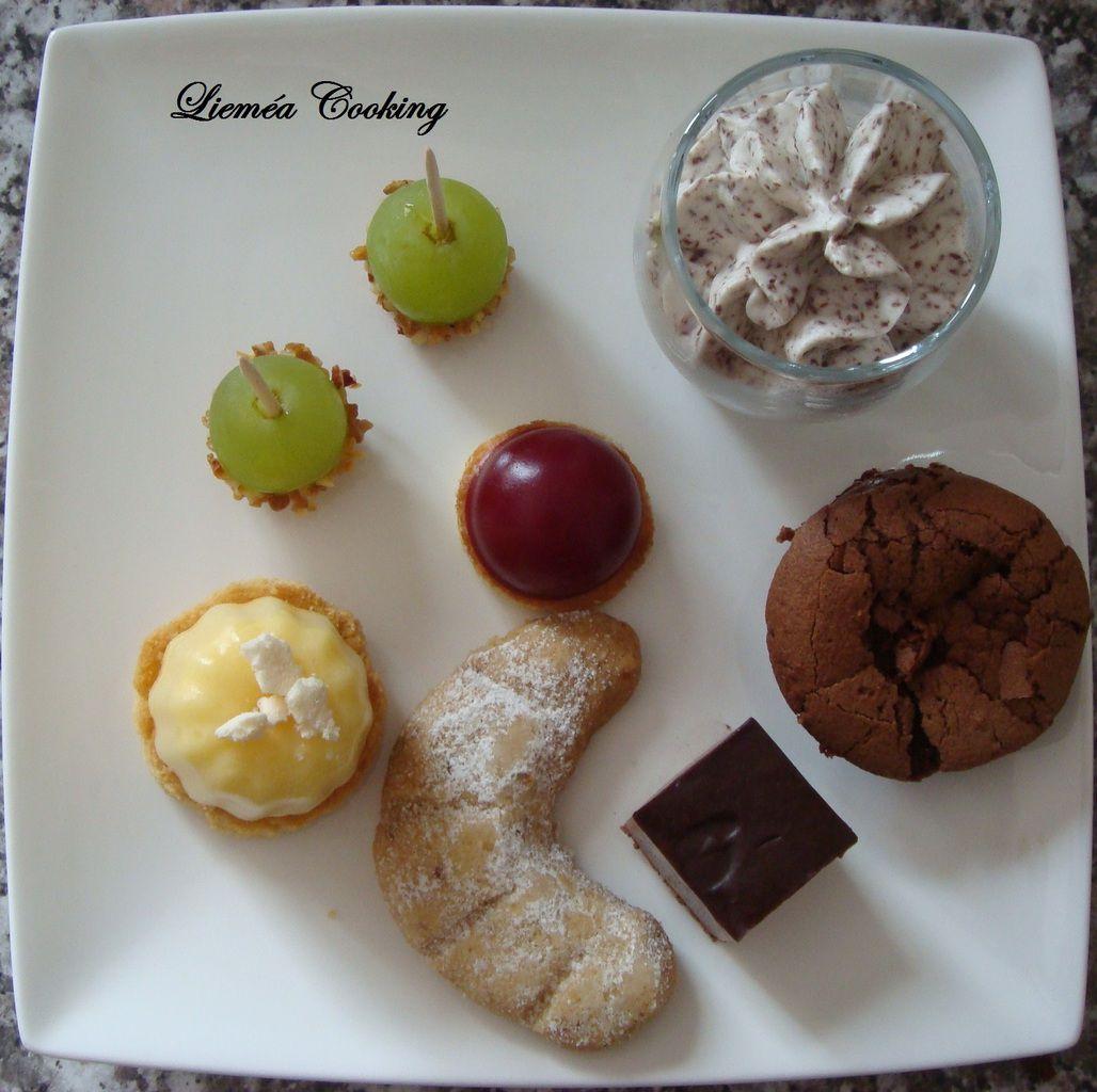 Assiette de mini desserts