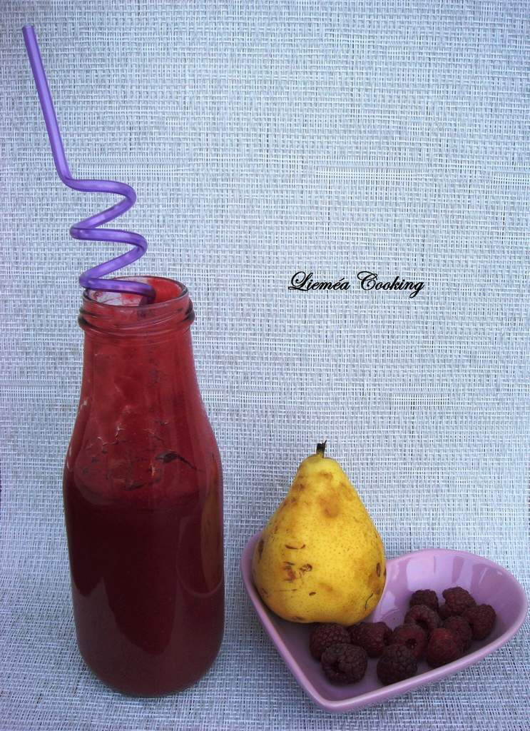 Smoothie poire-framboise
