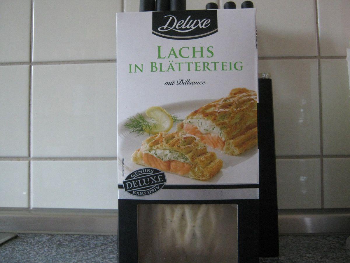 Lidl Deluxe Lachs In Blätterteig Mit Dillsauce Blogtestesser