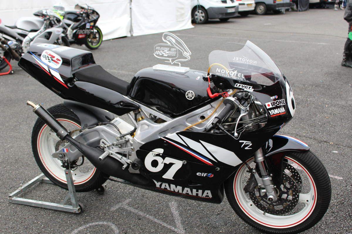 Erreur de débutante, je n'ai pas pris toutes les motos en photo sans les pilotes, je ferai mieux la prochaine fois :)