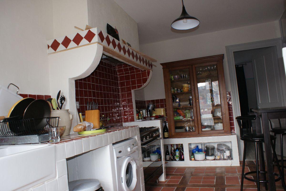 Creation d 39 une cuisine ma onn e petit carrelage style for Carrelage bourg en bresse