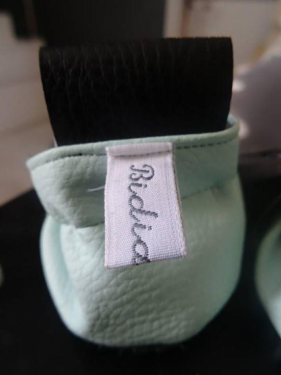 Bidiartiste : chaussons en cuir personnalisés et fourrés !