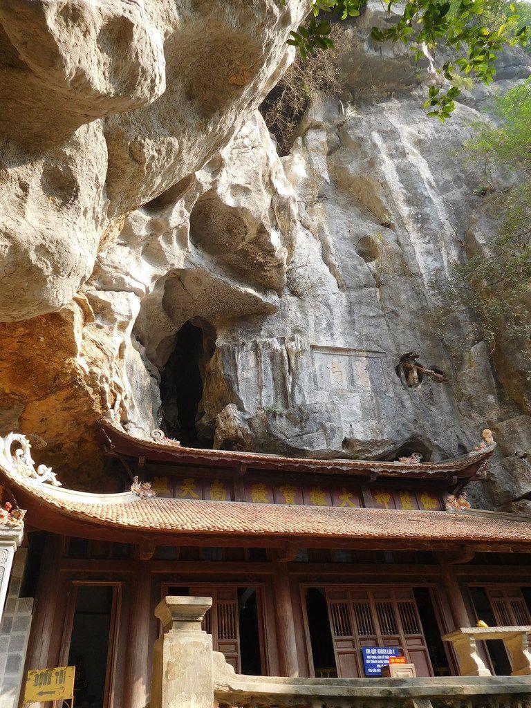 Troisième arrêt: les grottes de jade de Bich Dong, des pagodes dans les pains de sucre, en altitude. Waouh