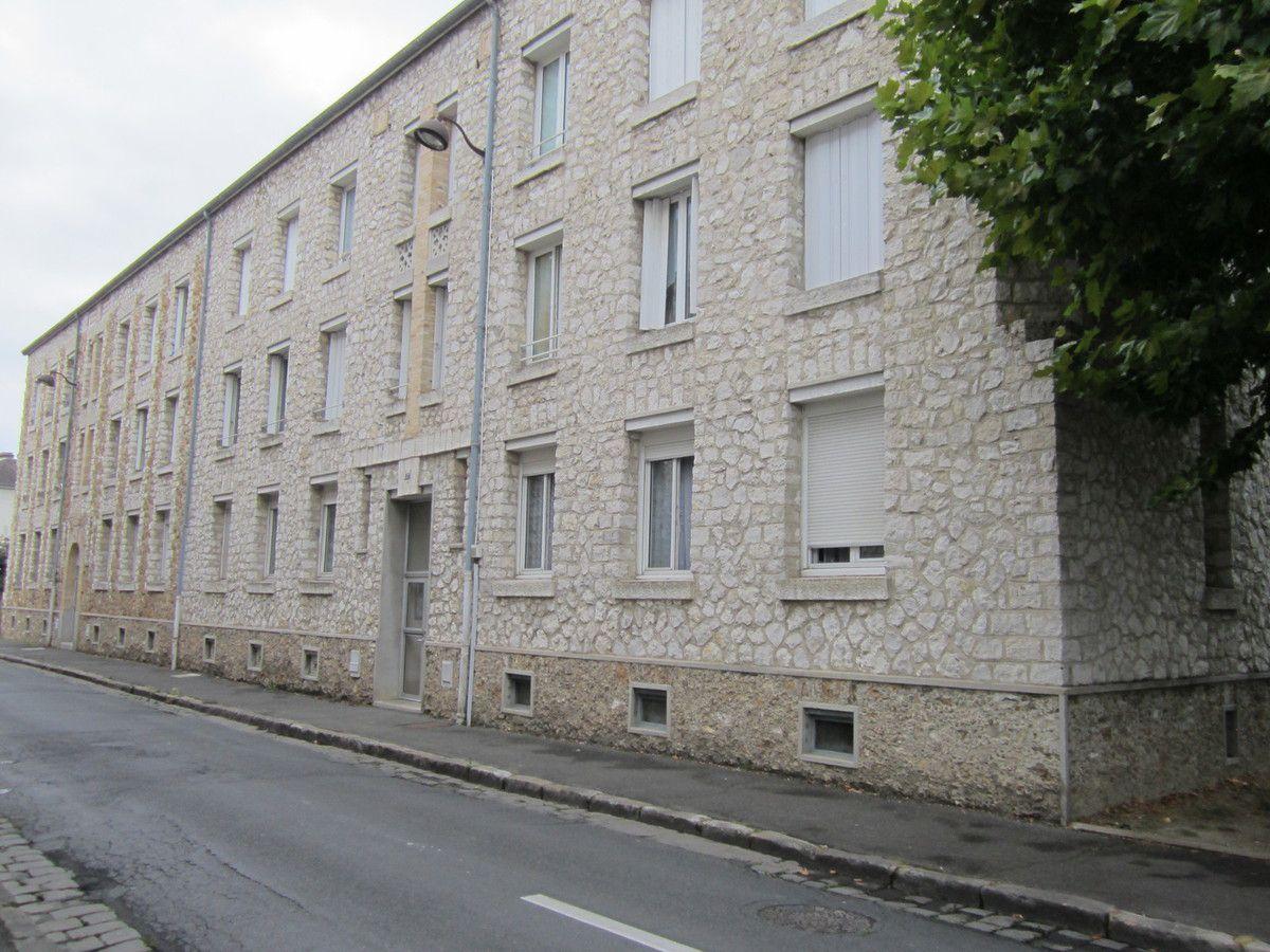 La rue Schneider-L'entreprise-Les immeubles