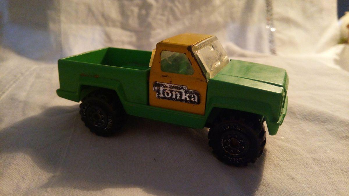 ambulance tonka 1978, pick up tonka, camion remorque