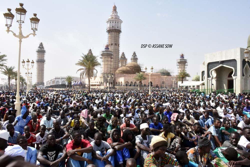 La mosquée de Touba prise d'assaut par les fidèles le jour du Magal.© Assane SOW
