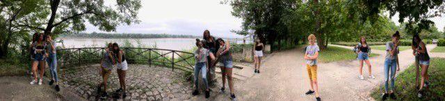 poses d'ados en bord de Garonne