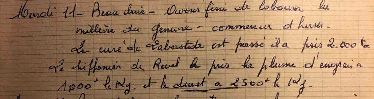 Mardi 11 décembre 1956 - le curé et le chiffonnier de passage...