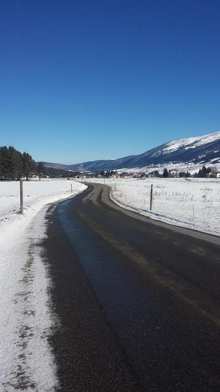 Mon parcours entre neige et route. Rien que pour cette vue ça valait le coup de chausser non pas les skis mais les baskets !