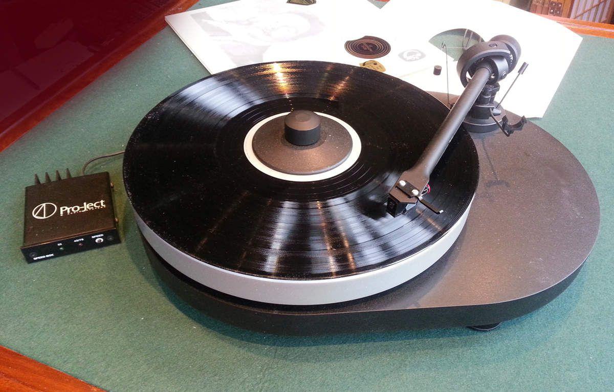platine vinyle project rpm4 on vend nos objets personnels en famille. Black Bedroom Furniture Sets. Home Design Ideas