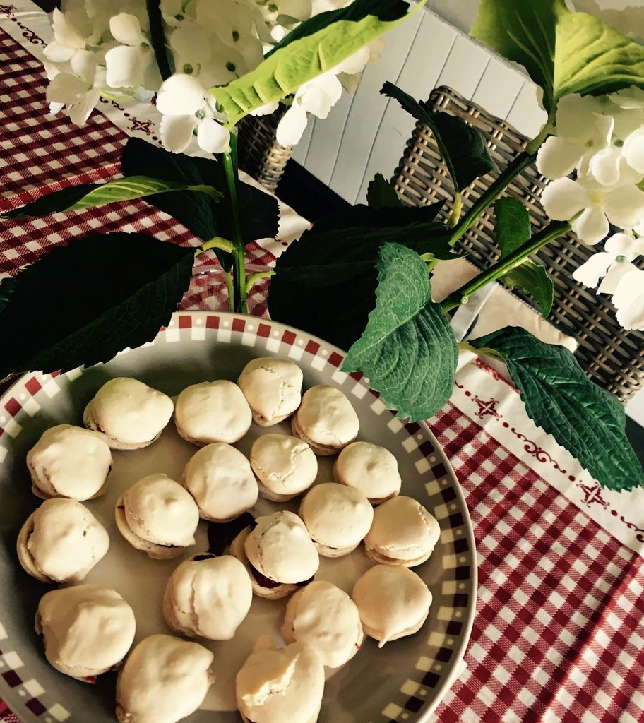 Macarons Framboise (moches mais bons )