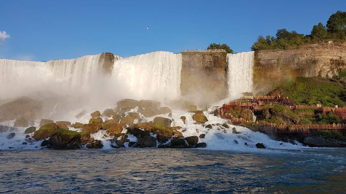Selfie kway et les chutes du Niagara américaines, je n'ai pas réussi à prendre les canadiennes en photo