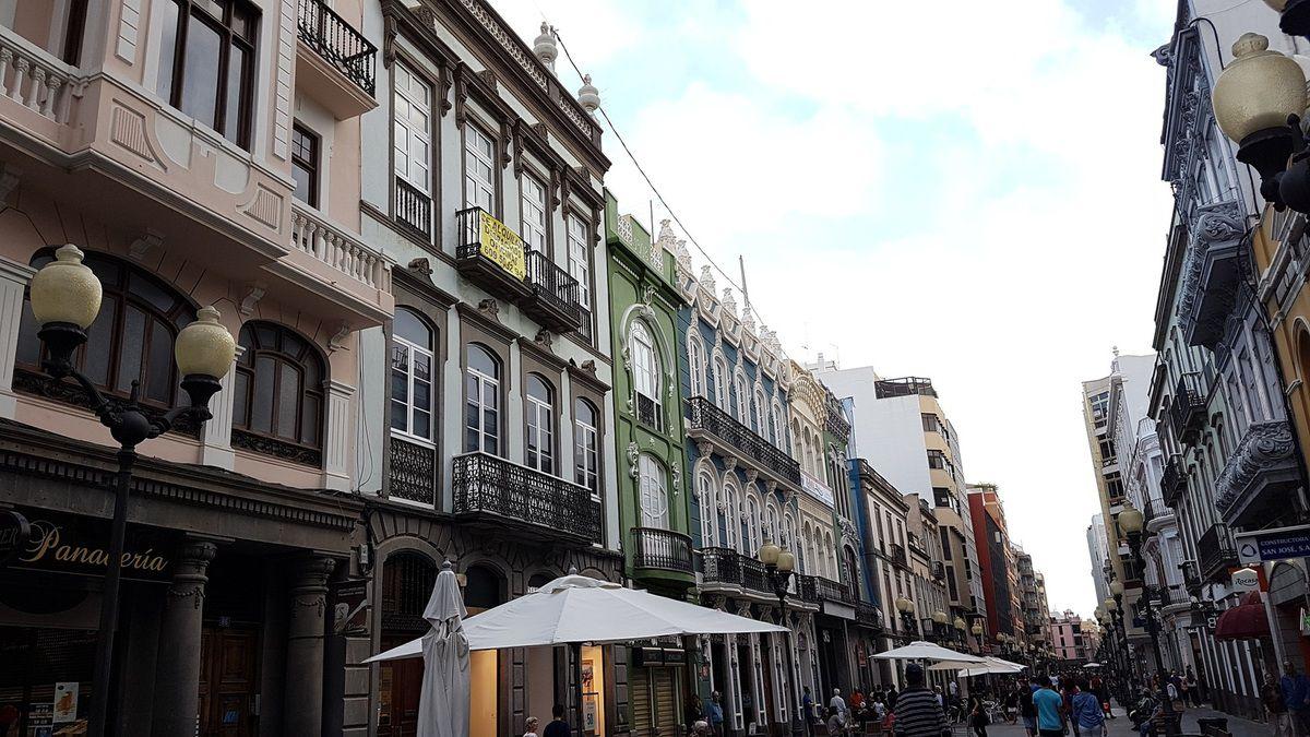 La jolie rue commerçante