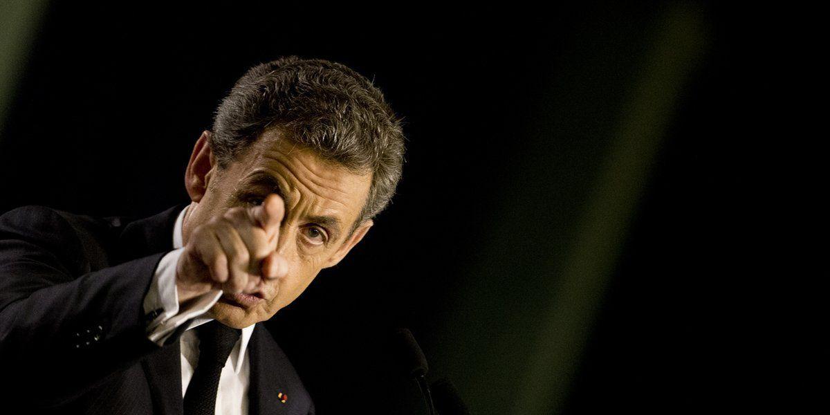 Nicolas Sarkozy accuse de &quot&#x3B;parjures&quot&#x3B; le camp Juppé, qui appelle les électeurs de gauche à la primaire de la droite