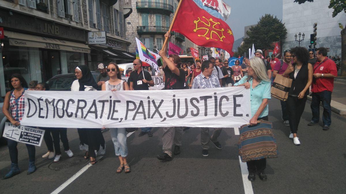 Nice : Marche pour la Paix et contre toutes les discriminations (photos + déclaration PCF)