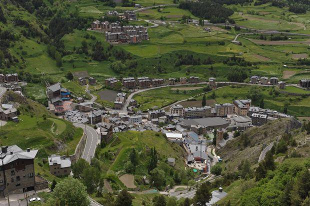 Andorra - Shopping und Skifahren