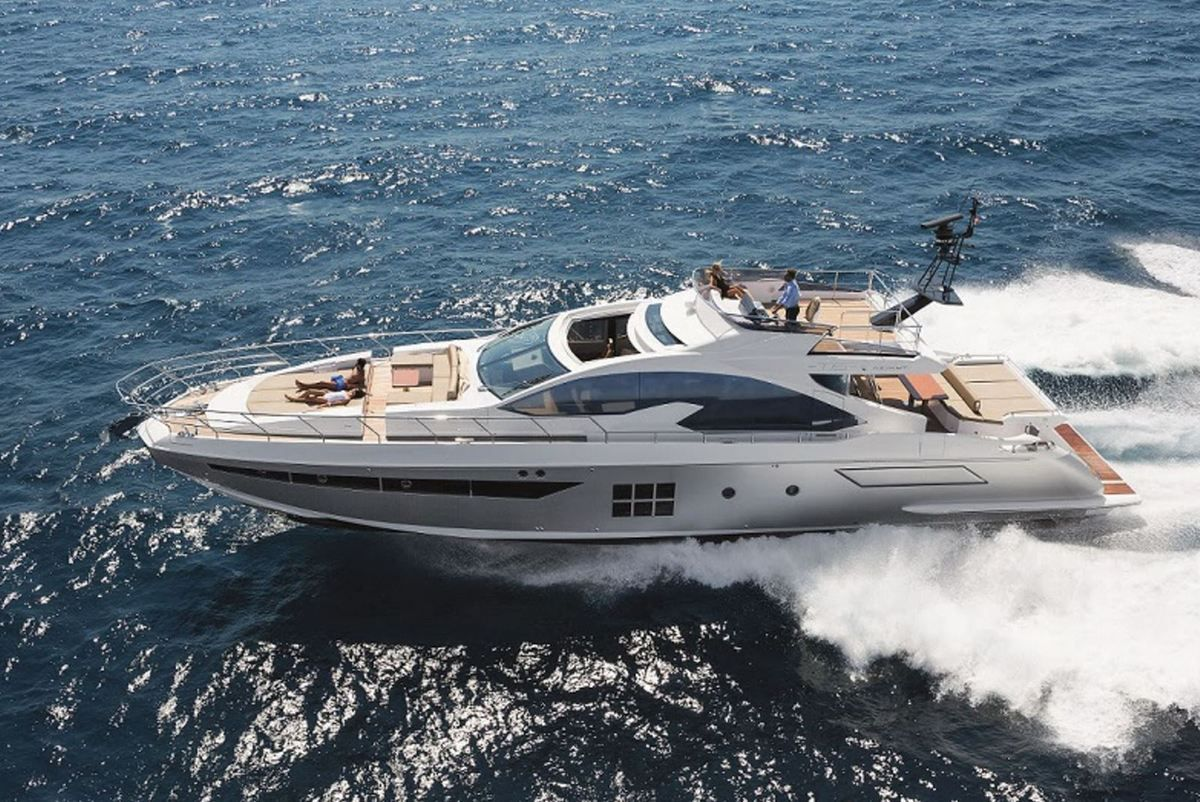 Azimut Yachts at the Dubaï Boat Show with 5 models