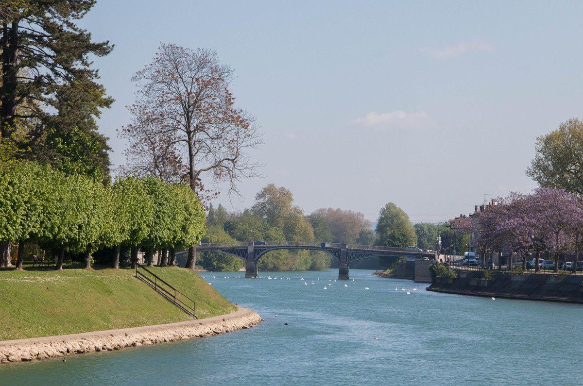 Soleil sur la Marne ce 9 mai.