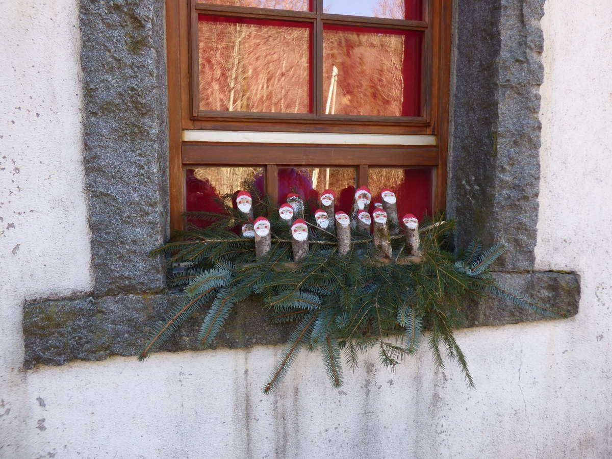 Quelques jolies fenêtres aperçues sur notre chemin....