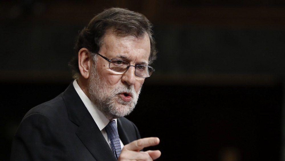 Rajoy defiende en el Congreso la 'total independencia' de Moix, un fiscal dedicado a encubrir la corrupción del PP