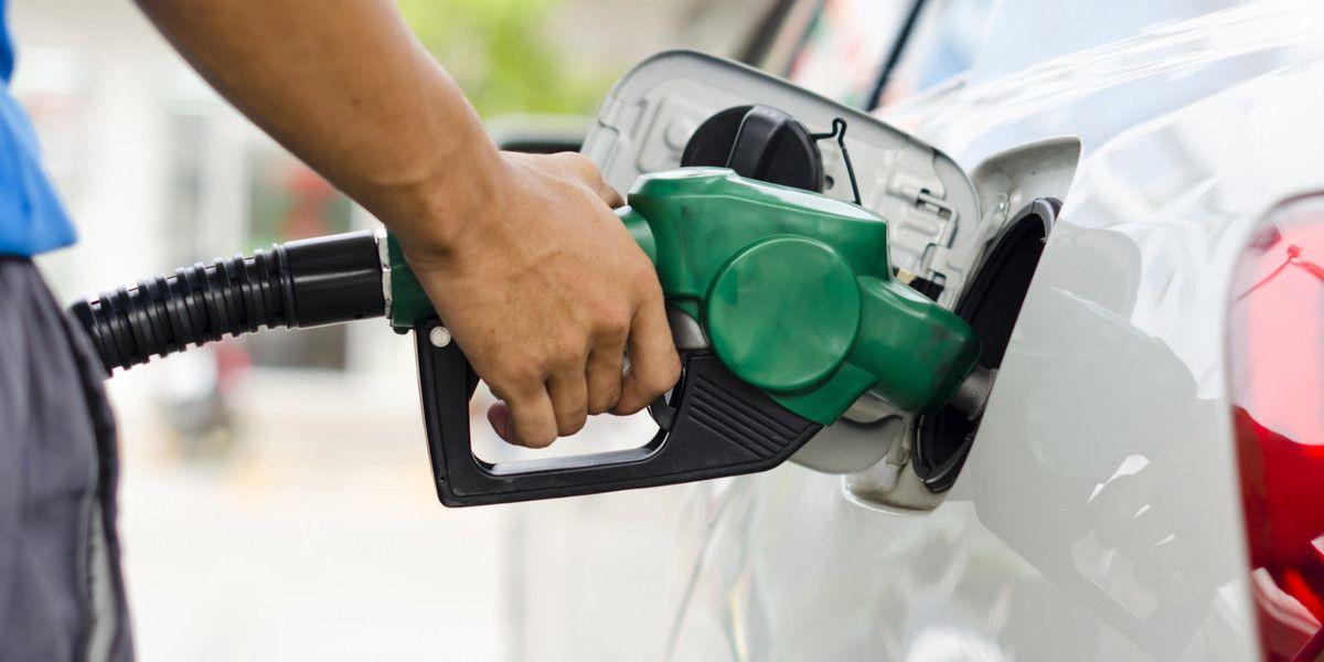 Consejos y trucos para ahorrarte algunos euros en la gasolina
