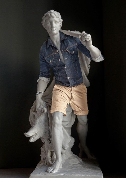 des statues rhabillées