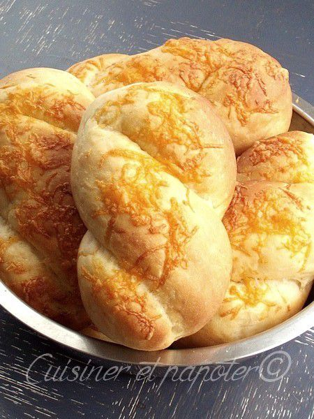 Petits pains moelleux au fromage cheddar