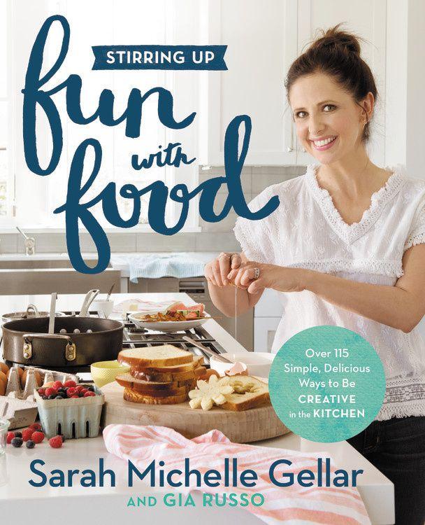 "Livre de recettes de Sarah Michelle Gellar ""Stirring up fun with food"""