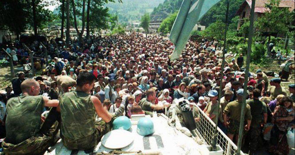 La population civile de Srebrenica en 1995