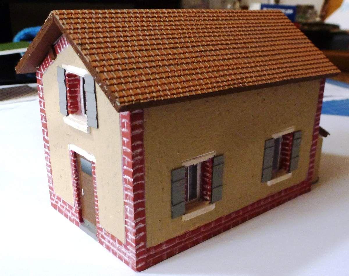 Maison de garde barrière en PVC