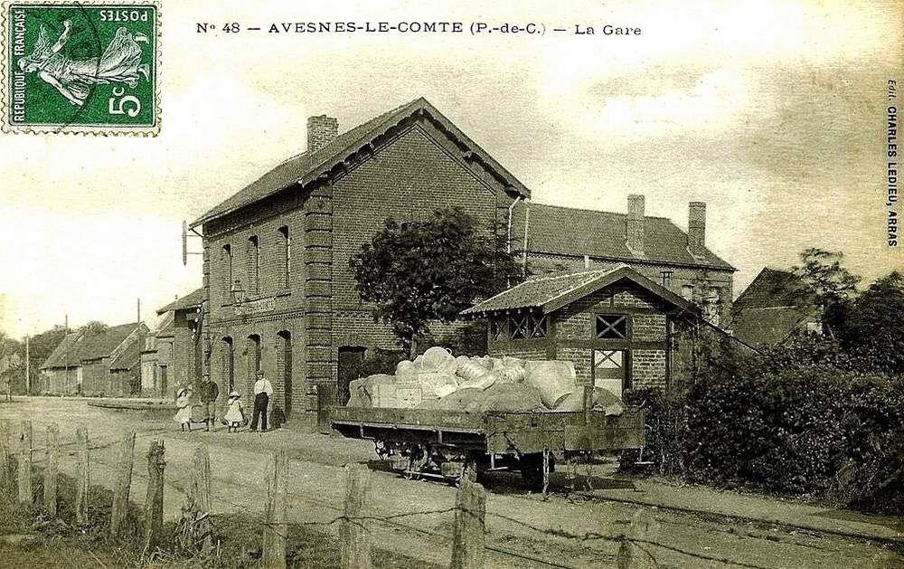 CP gare d'Avesnes le comte