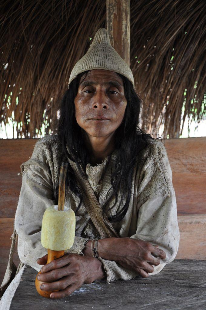 shaman (sorcier traditionnel) de l'éthnie Kogi