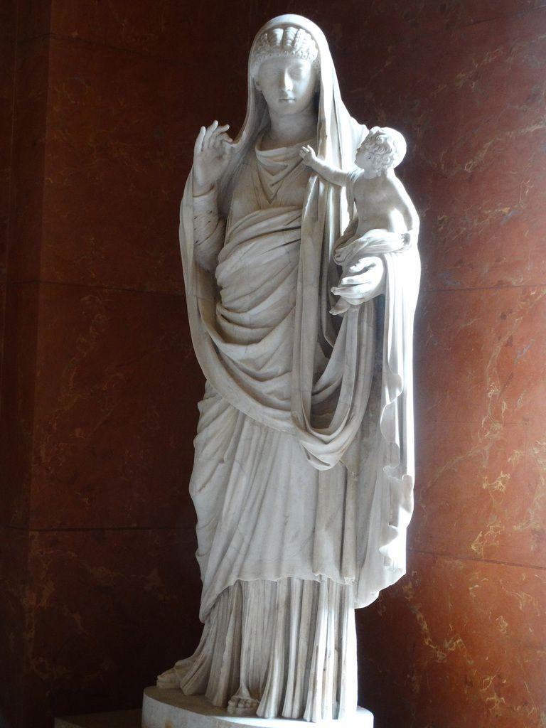 Paris Musée du Louvre - Vierge à l'Enfant (?)