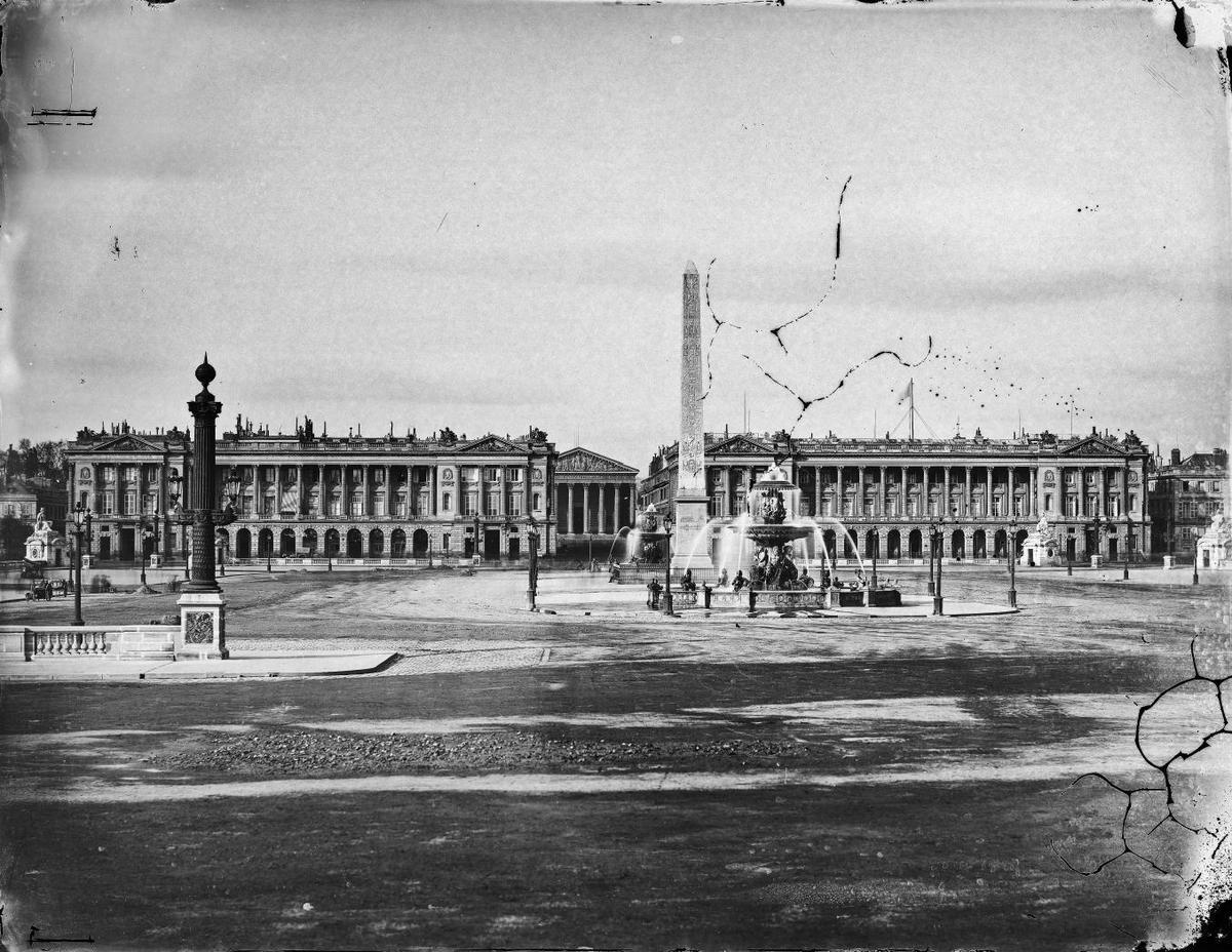 Paris. Place de la Concorde photographie de Gustave Le Gray (photo prise vers 1859)  - (source Ville de Paris / BHVP / Roger-Viollet)