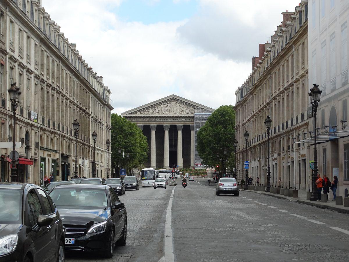 La rue Royale et l'église de la Madeleine