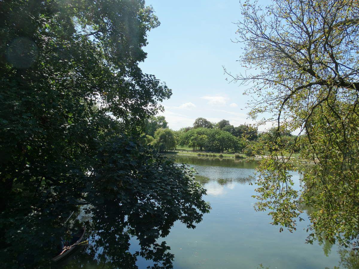 Paris, Bois de Vincennes - Lac Daumesnil