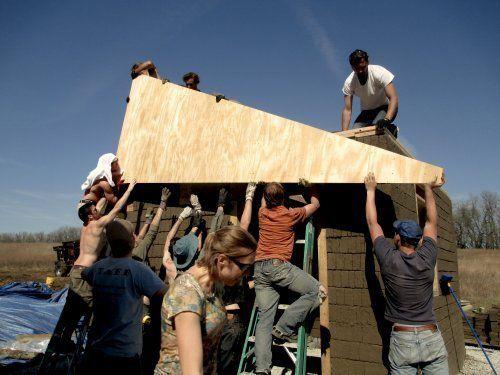 Comment construire sa maison écologique en une semaine et à petit prix grâce à l'« open source »