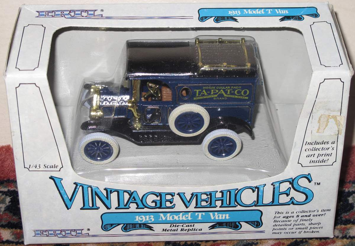 1913 Model T Van 1/43 Vintage Vehicles ERTL